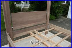 CcRnV1 Solid Hardwood Bed with Large Straight Posts natural color