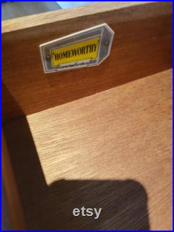 Homeworthy bentwood and formica chest of drawers on hairpin legs, vintage, retro, mid century.