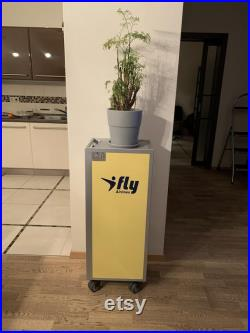 Original Airplane Halfsize Trolley, Galley Cart, Minibar Trolley, I Fly Airlines