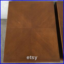Pair of Mid Century American of Martinsville Walnut End Tables Nightstands (HB3TAZ)