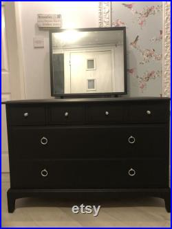 Stag Minstrel 4 over 2 dressing chest with mirror